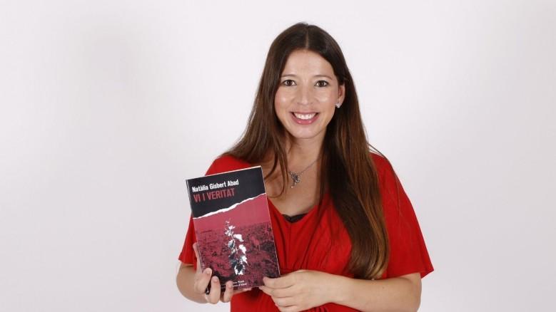 «Vi i veritat» , I Premi Isabel-Clara Simó de Novel·la – ciutat d'Alcoi arriba a llibreries